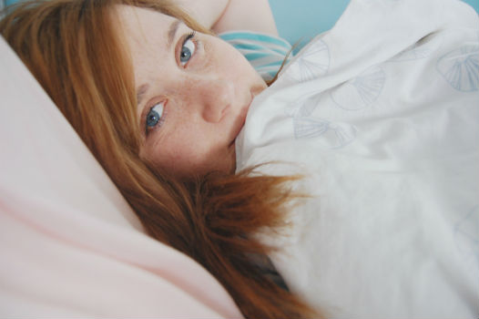 mujer-menopausia-cama