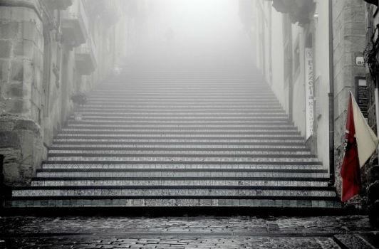 niebla-escaleras-frio