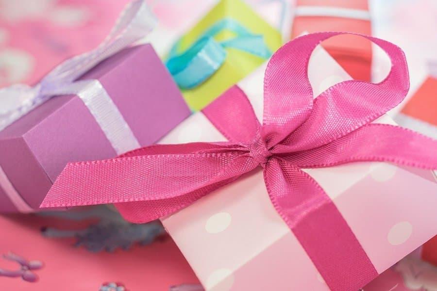 cuantos regalos deben recibir los niños