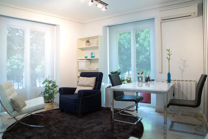 psicólogos Madrid centro, Aesthesis gabinete psicológico, despacho bonito, amplio y luminoso, de centro San Bernardo